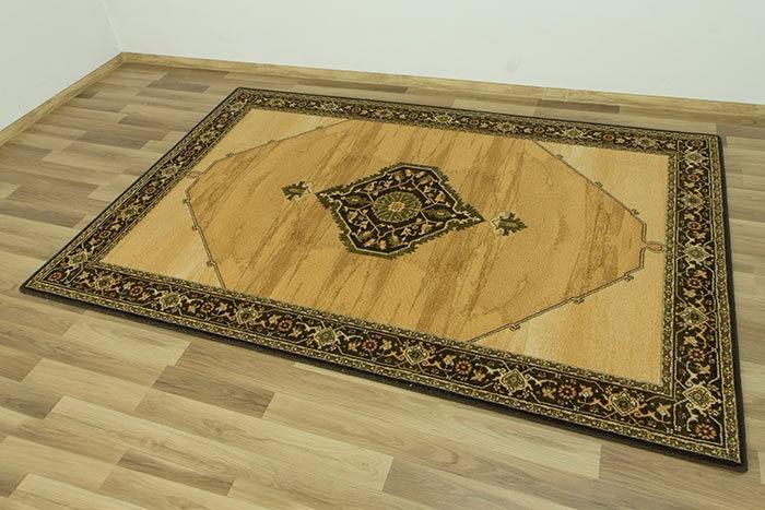 Paklājs ISFAHAN Uriasz sahara 60€ Isfahan kolekcija BCC SIA